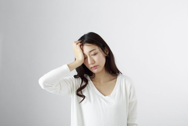 女性はホルモンバランスの乱れで筋トレが続かないケースもある